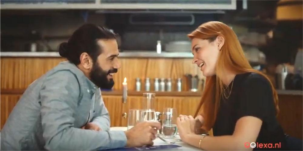 ReclameReview: Lexa gaat de strijd aan met Tinder